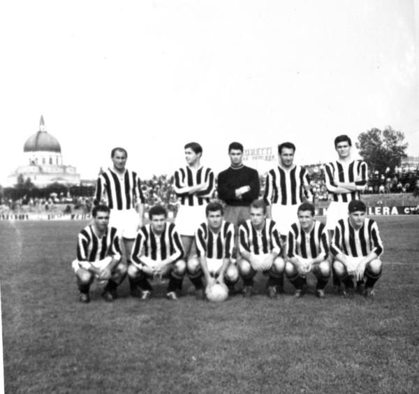 Udinese 1959-60 Luigi Bertossi.jpg