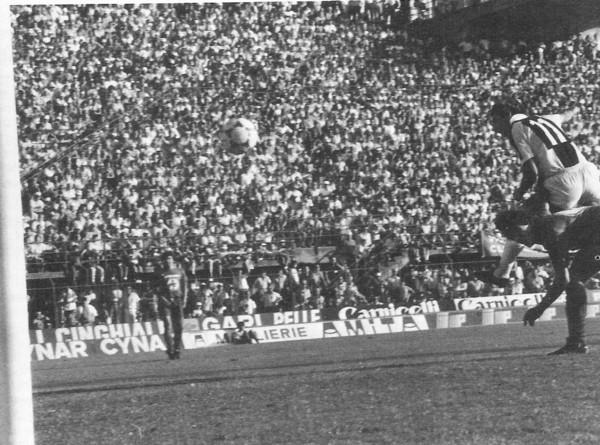 Pulici 1982 primo gol alla Fuiorentina.jpg