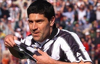 Roberto Sosa 1.jpg