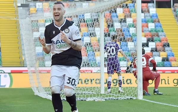 Nestorovski Ud-Fiorentina.jpg